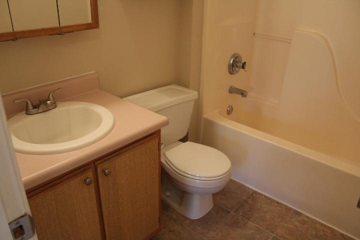 $1120 Three bedroom Apartment for rent