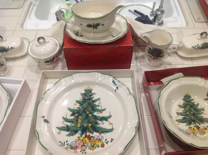 ESTATE SALE SAT 8am 11/18 & SUN 11am 11/19