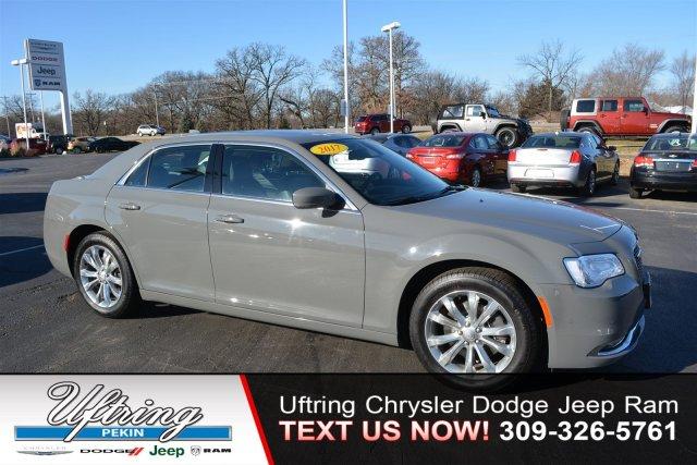 Chrysler 300 limited 2017