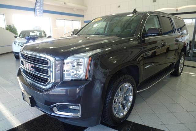 GMC Yukon XL SLT 4x4 with NAVIGATION and DVD 2015