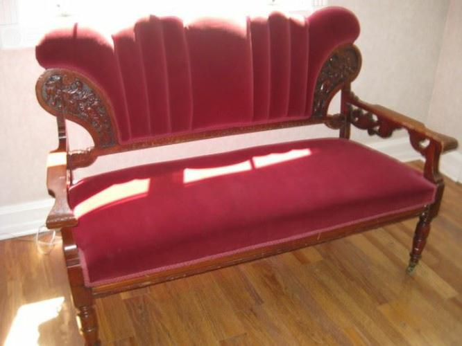 Art deco vintage settee
