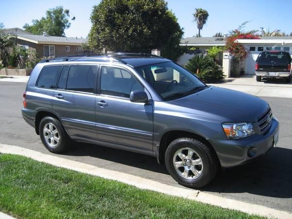 BEAUTIFUL!  2005 Toyota Highlander - Original Owner!