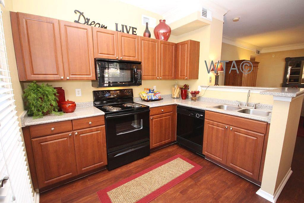 $2499 Three bedroom Apartment for rent