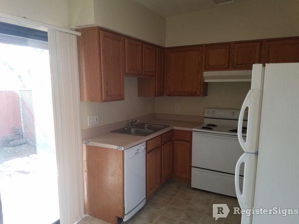 $725 Two bedroom Townhouse for rent