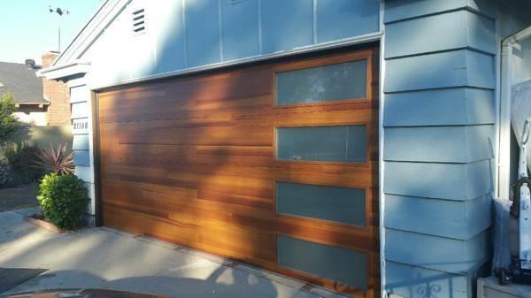 GARAGE DOOR REPAIR AND SERVICE