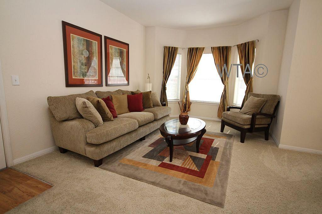 $1393 Three bedroom Apartment for rent