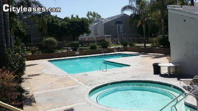 $2395 Three bedroom Townhouse for rent