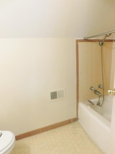 $1188 Four bedroom Apartment for rent