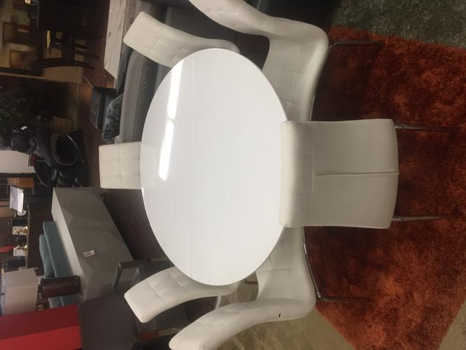 White 7 Piece Dining Table Set By Artisan Furniture