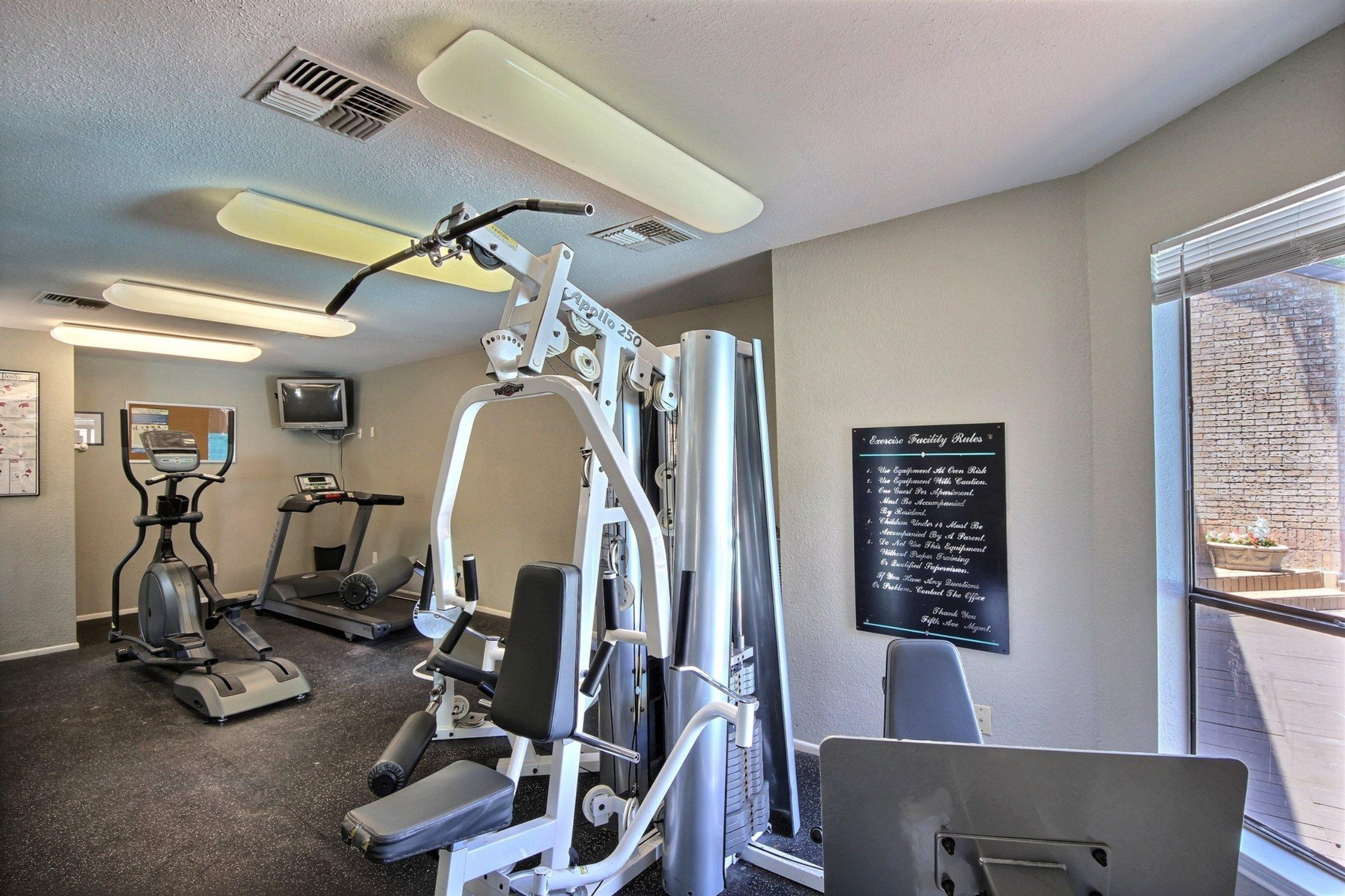 $1715 Three bedroom Apartment for rent