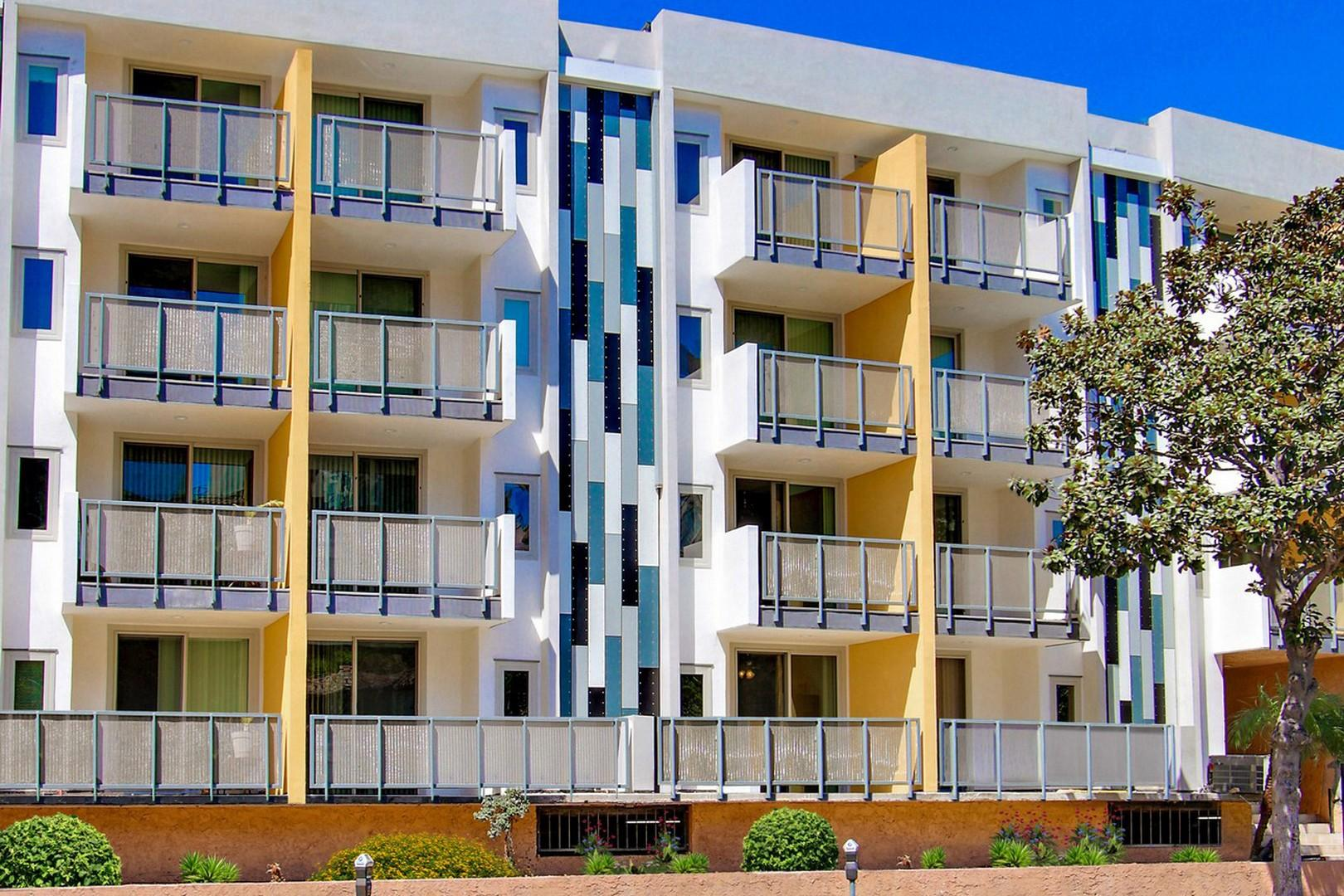 $4100 One bedroom Apartment for rent
