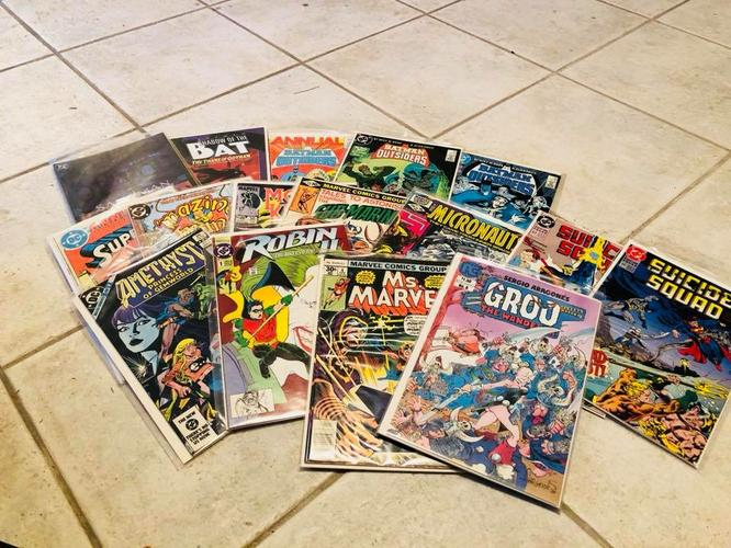 200 Comic Books