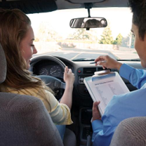 Latinos Driving School