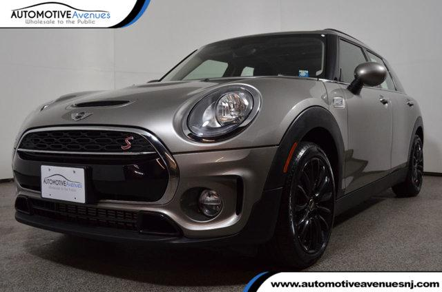 MINI Clubman ALL4 with Premium & Cold Weather Packages 2017