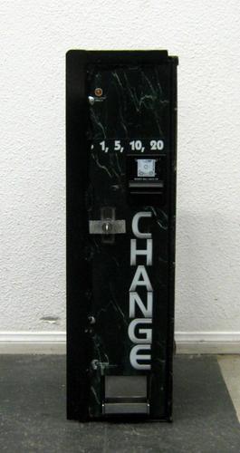 Standard Changemakers EC500 Change Machine USED