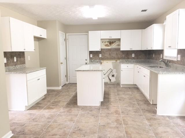 $1625 Four bedroom Apartment for rent