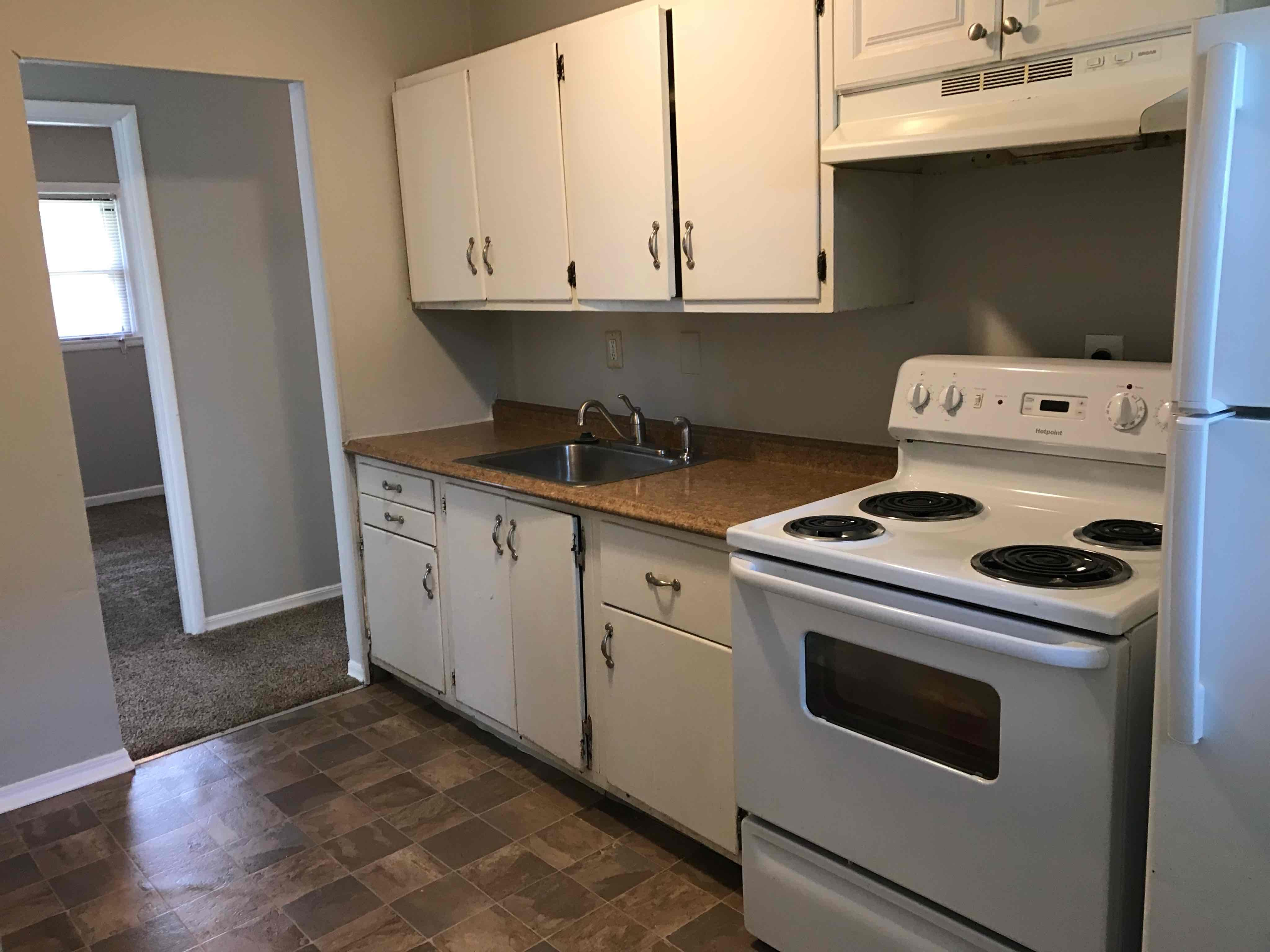 $830 Three bedroom Apartment for rent