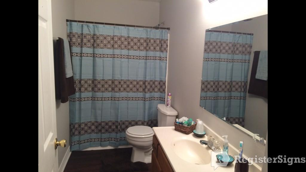 $975 Three bedroom House for rent