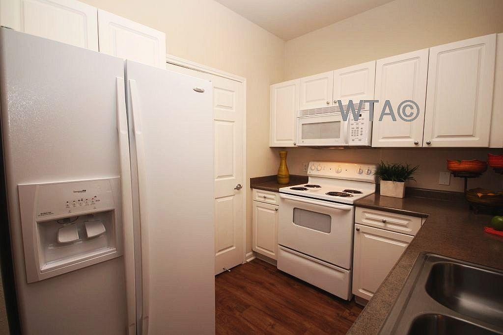 $1430 Three bedroom Apartment for rent