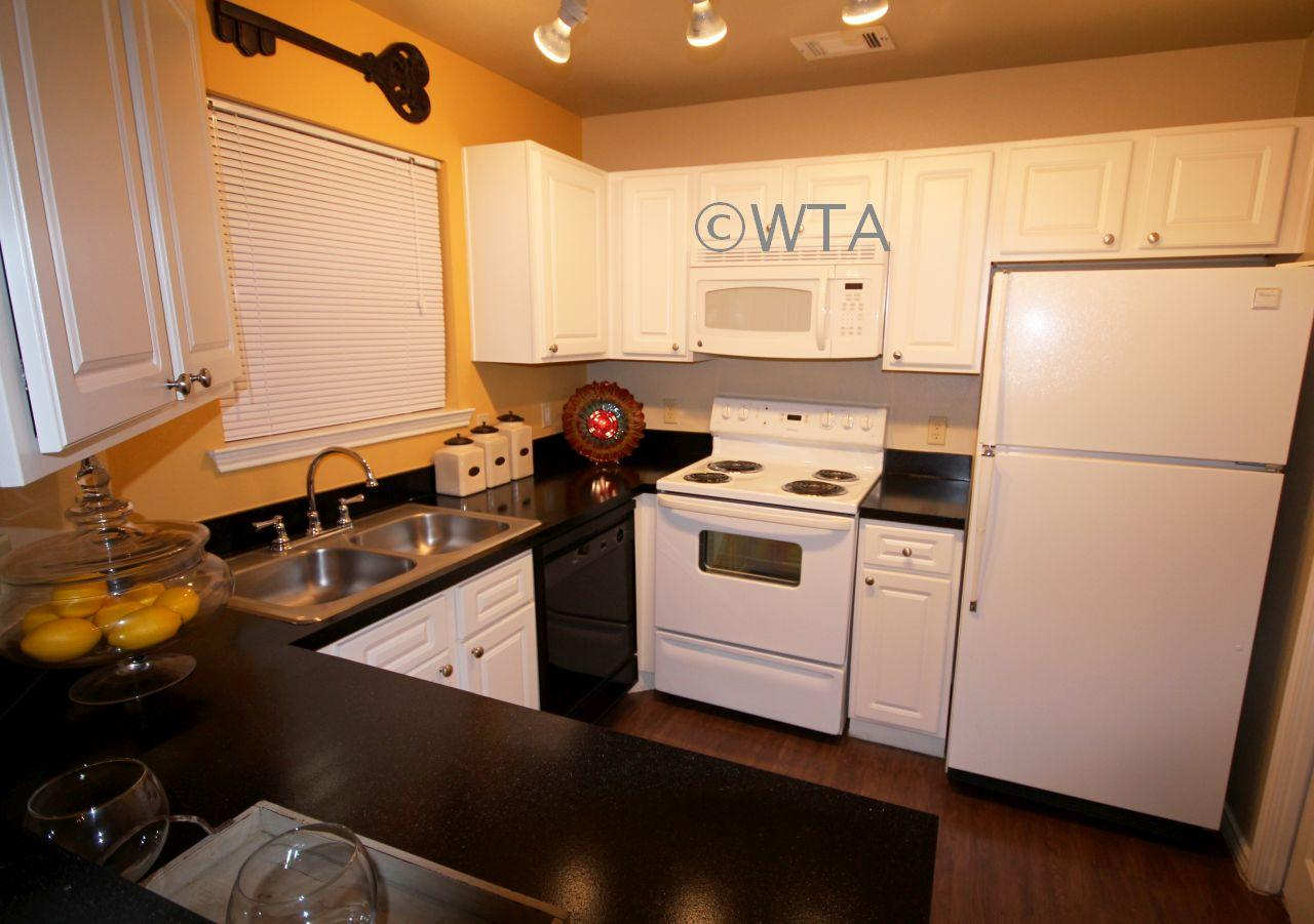 $1340 Three bedroom Apartment for rent