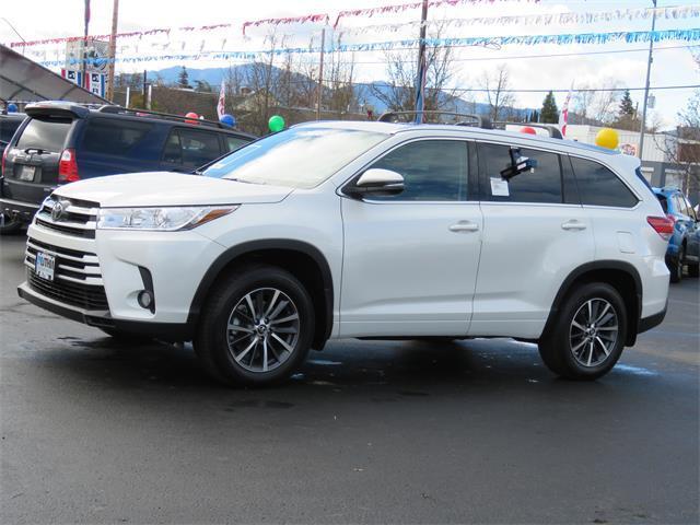 Toyota Highlander XLE - V6 AWD 2017