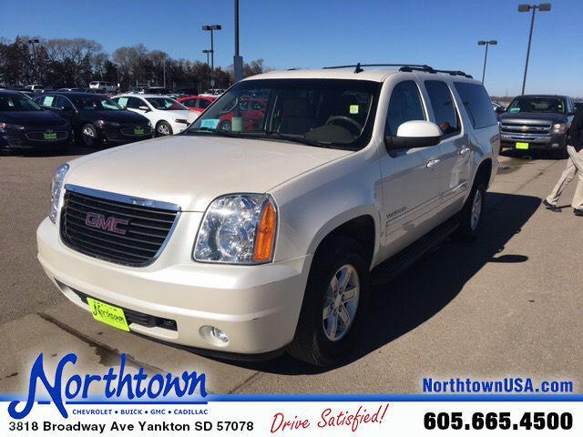GMC Yukon XL SLT 2011