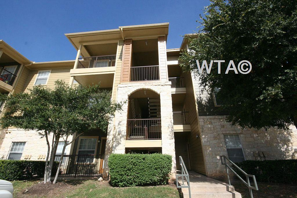$1285 Three bedroom Apartment for rent