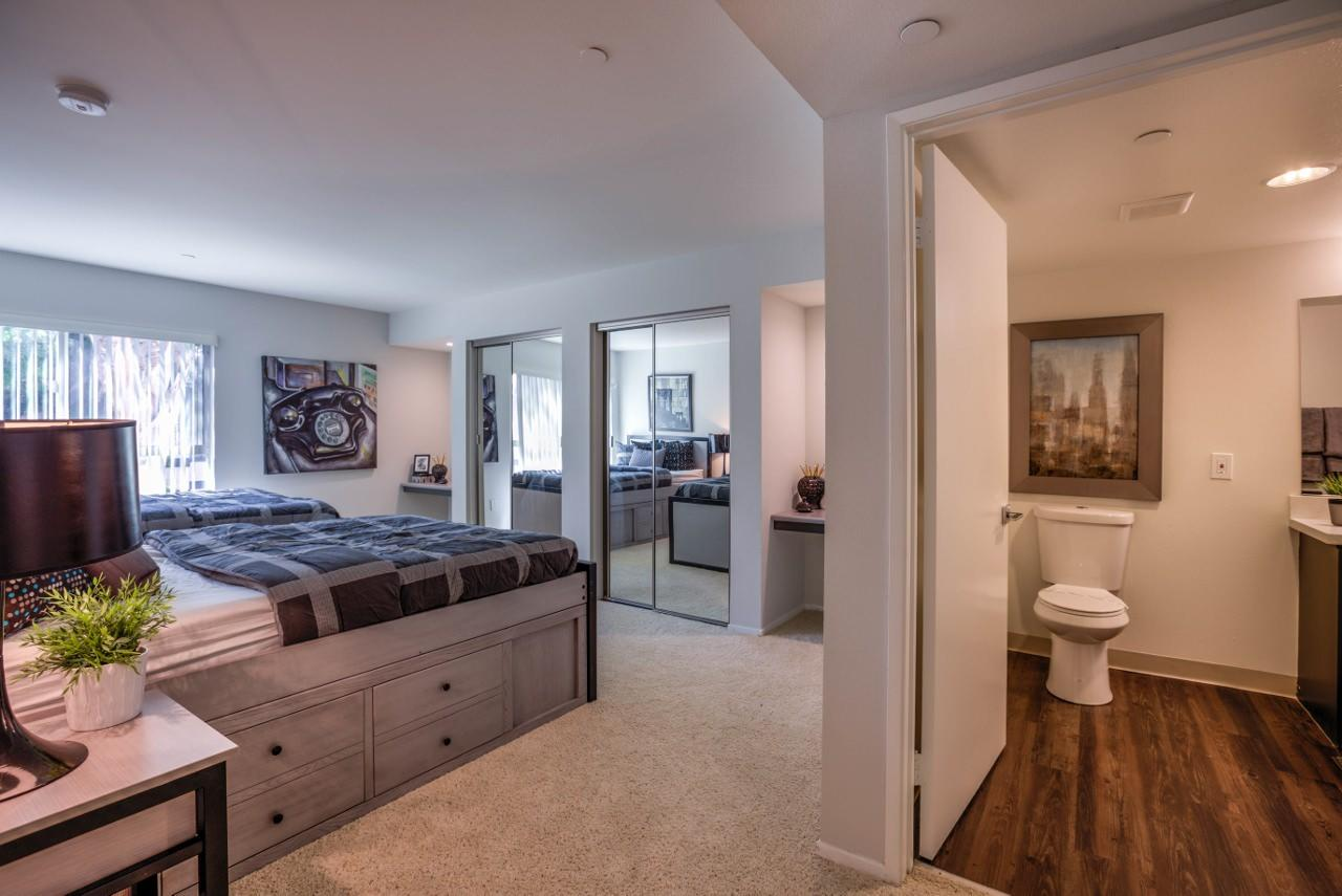 $1029 Five+ bedroom Apartment for rent