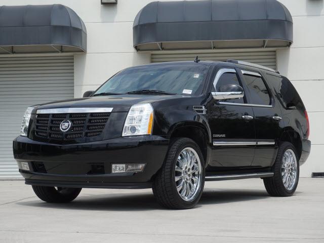 Cadillac Escalade Luxury 2012