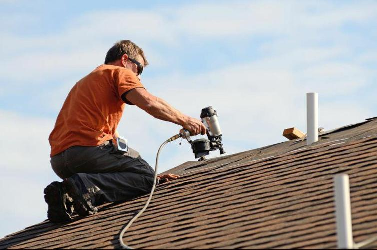 Commercial Metal Roofing in Cleveland