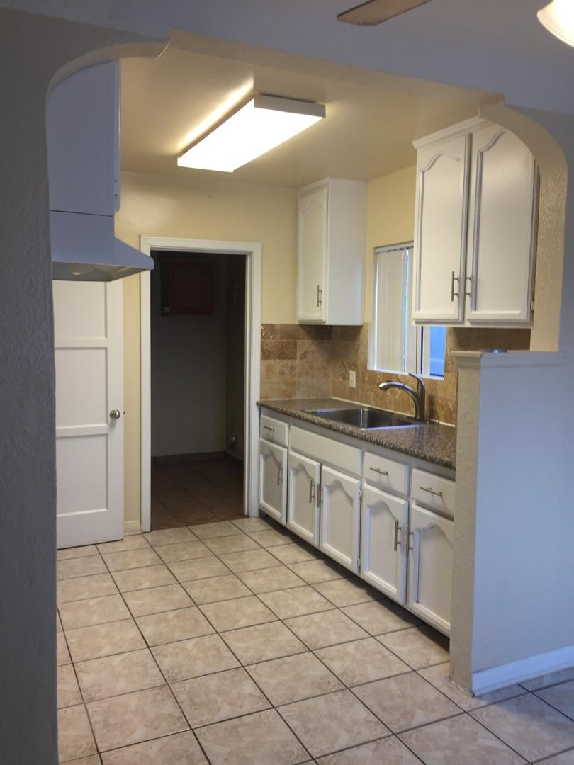 $1995 Four bedroom Apartment for rent