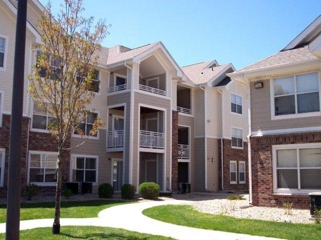 $1176 Three bedroom Apartment for rent