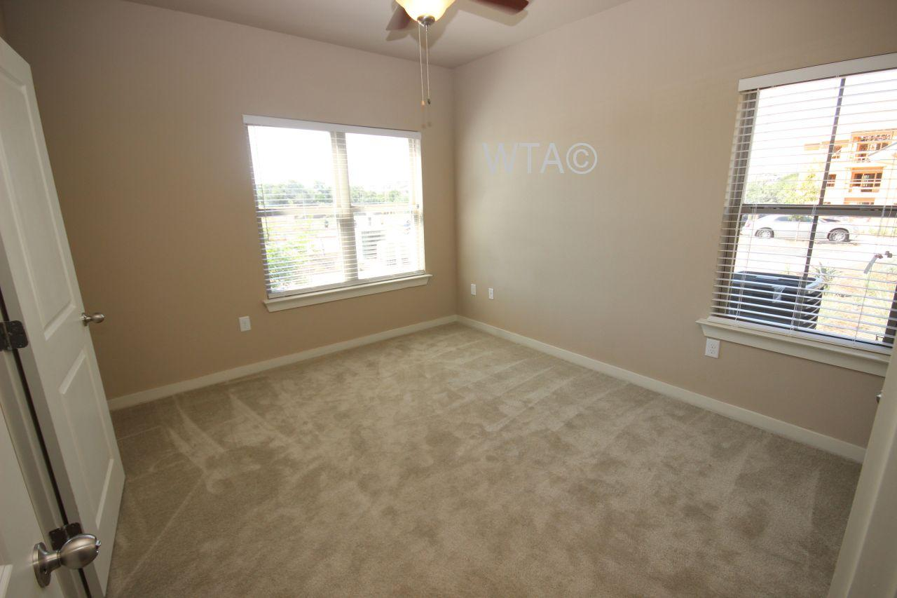 $1630 Three bedroom Apartment for rent