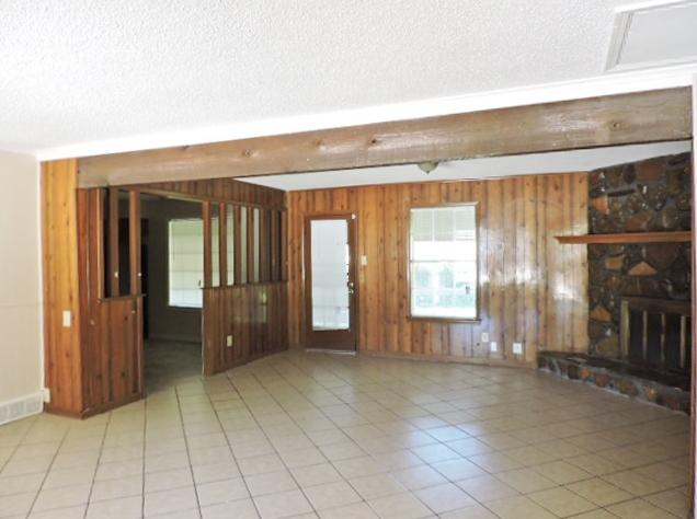 $1013 Three bedroom Apartment for rent