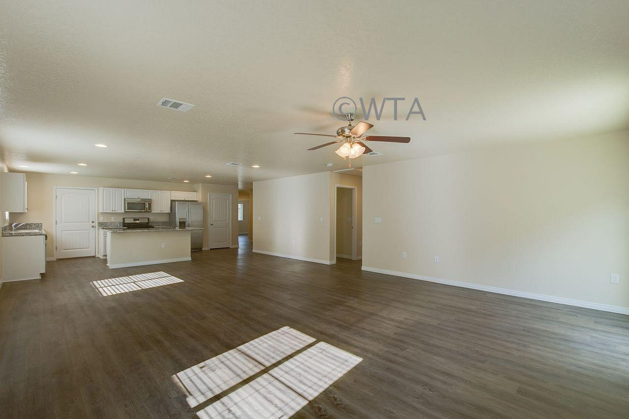 $1725 Three bedroom Apartment for rent