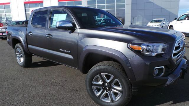 Toyota Tacoma Limited Double Cab 5' Bed V6 4x4 AT 2018