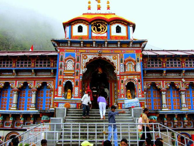 Book Badrinath Yatra Package with Chardhampackages.com