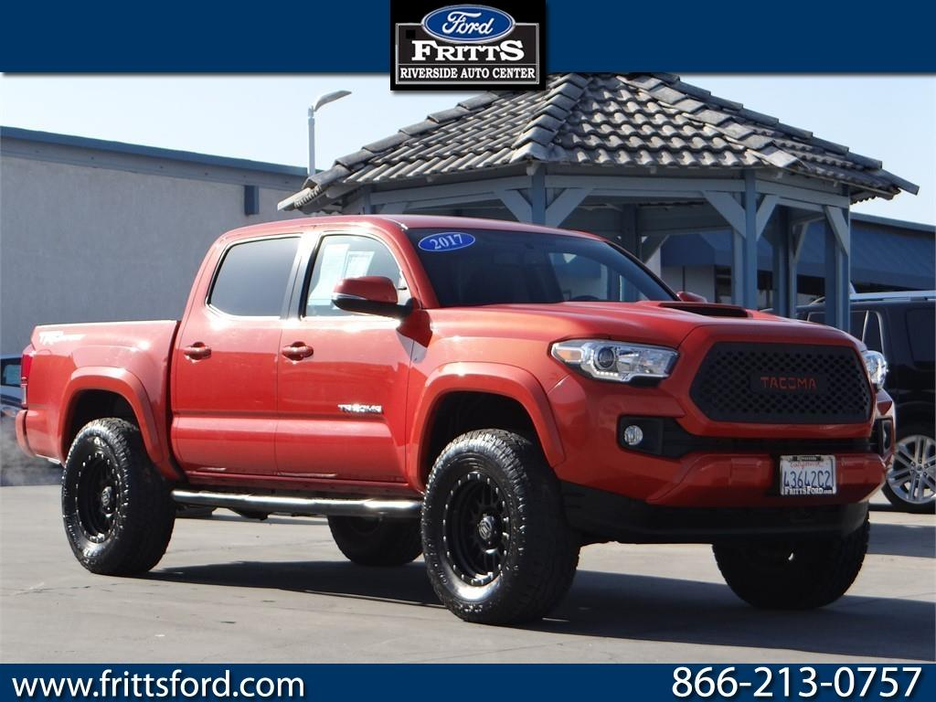 Toyota Tacoma TRD Sport Double Cab 5 Bed V6 4x2 AT 2017