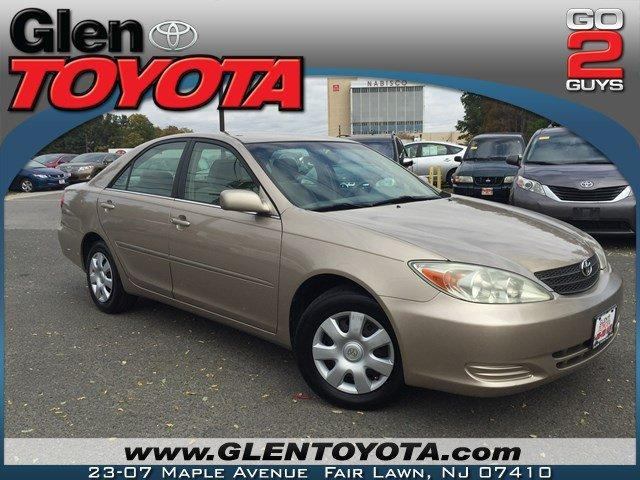 Toyota Camry LE 4-CYL w.CLEAN CARFAX 2003