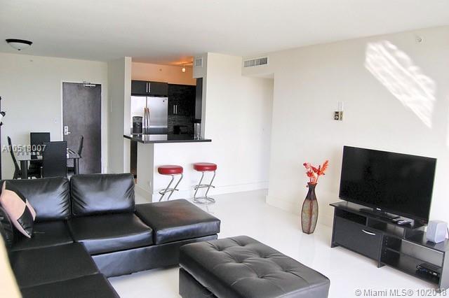 Miami Beach: 1/1 Upgraded apartment (Bay Rd., 33139)