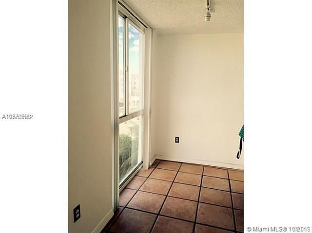 Miami Beach: 2/2 South Beach apartment (Alton Rd., 33139)