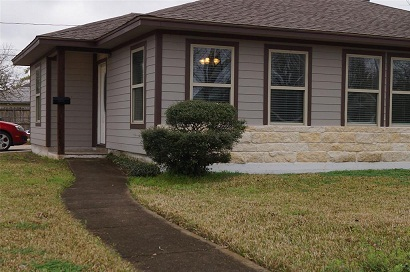 Single Family Home at Houston - 2 Bedroom and 2 Bathroom