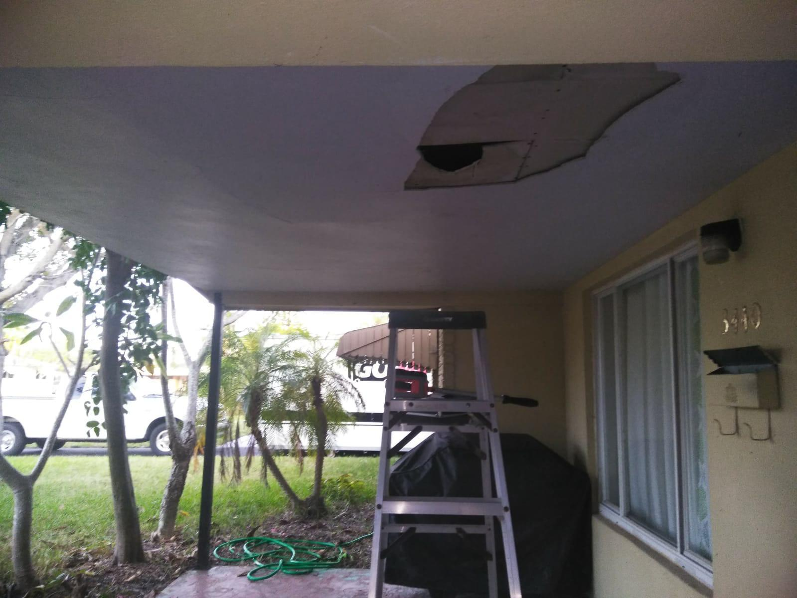 MIAMI GARDENS, FL:.ROOF REPLACEMENT, REPARACIONES DE TECHOS MIAMI + BROWARD