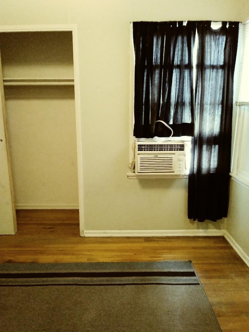 Room for Rent in La Habra 525.00 plus 200.00 deposit