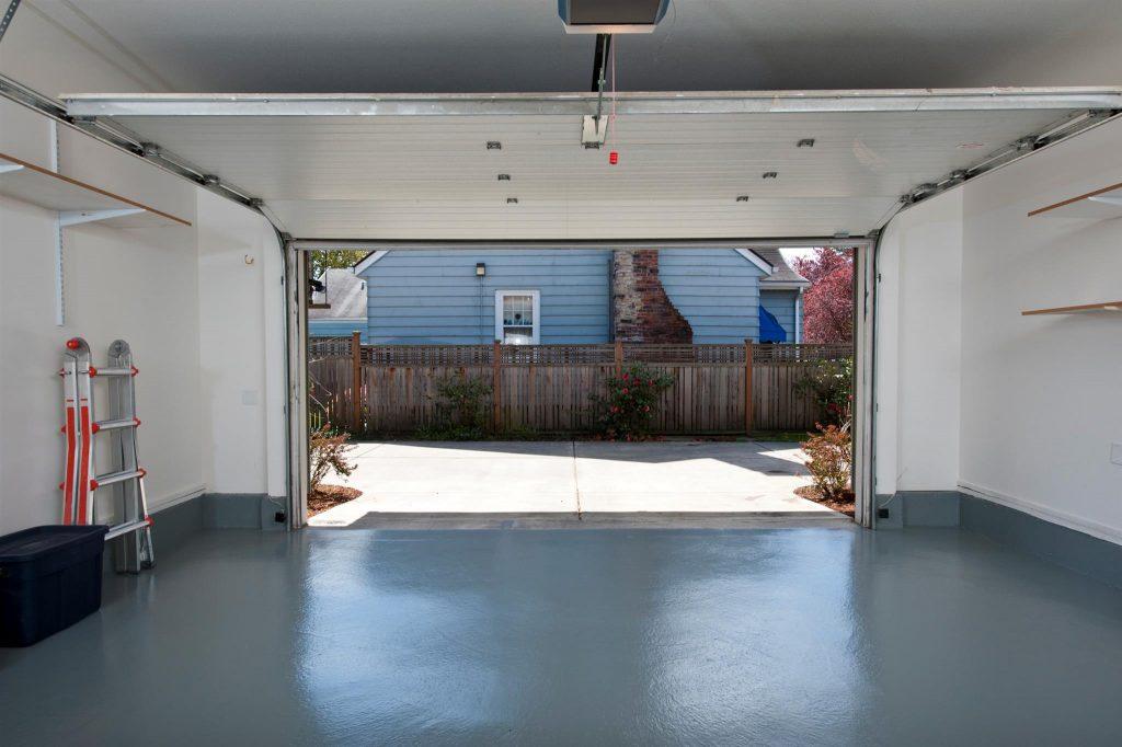 Deluxe Garage Doors