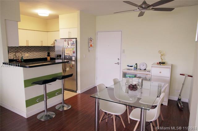 Miami Beach: 2/2 Panoramic apartment (Wayne Ave., 33141)
