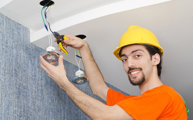 Avail services of Professional electrician in Missouri city, TX