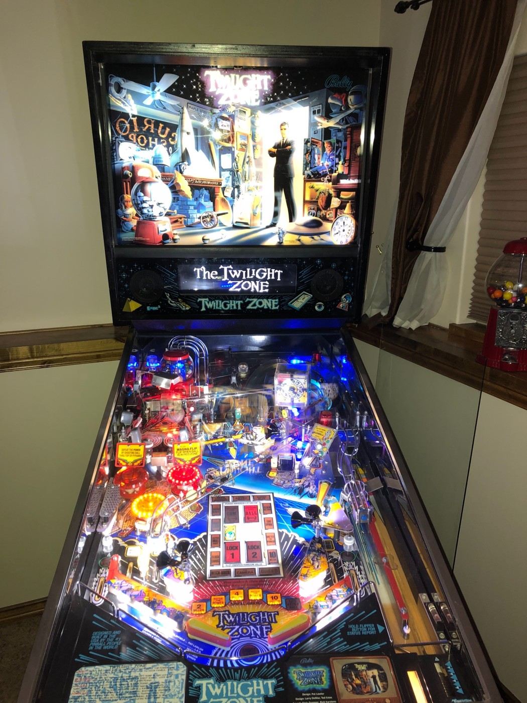 TWILIGHT ZONE classic pinball game