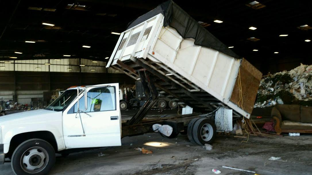 Pomona hauling and junk removal 909-342-3788