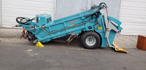 2012 BEACH TECH 2800 BEACH CLEANER